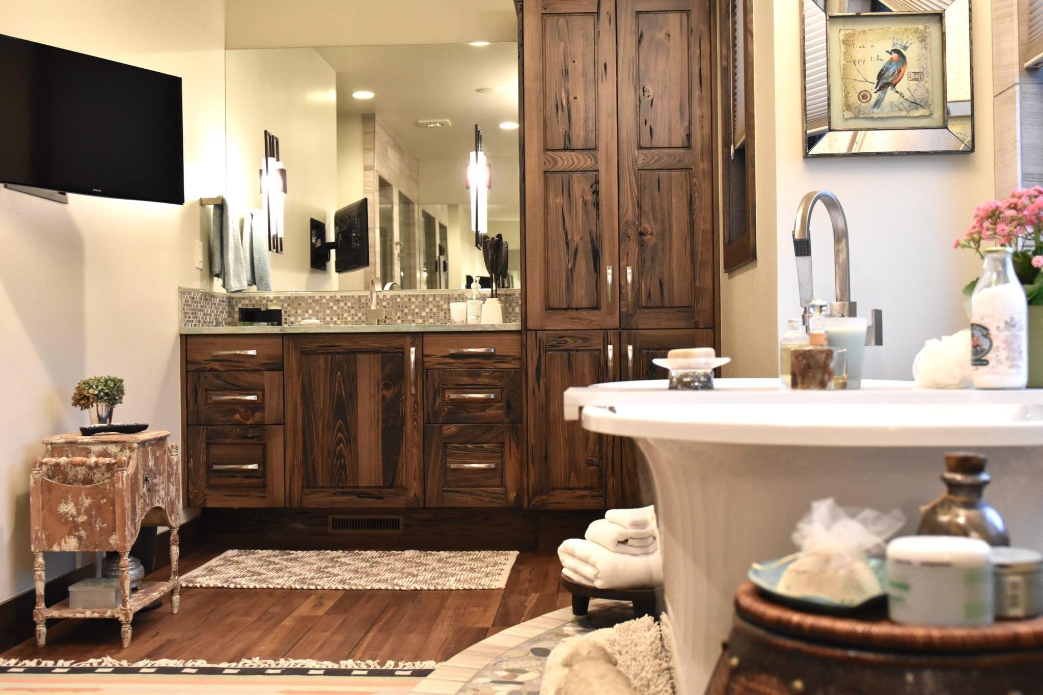 ... Design Your Own Bathroom, Rustic Modern Mountain Bathroom, How To  Design ...