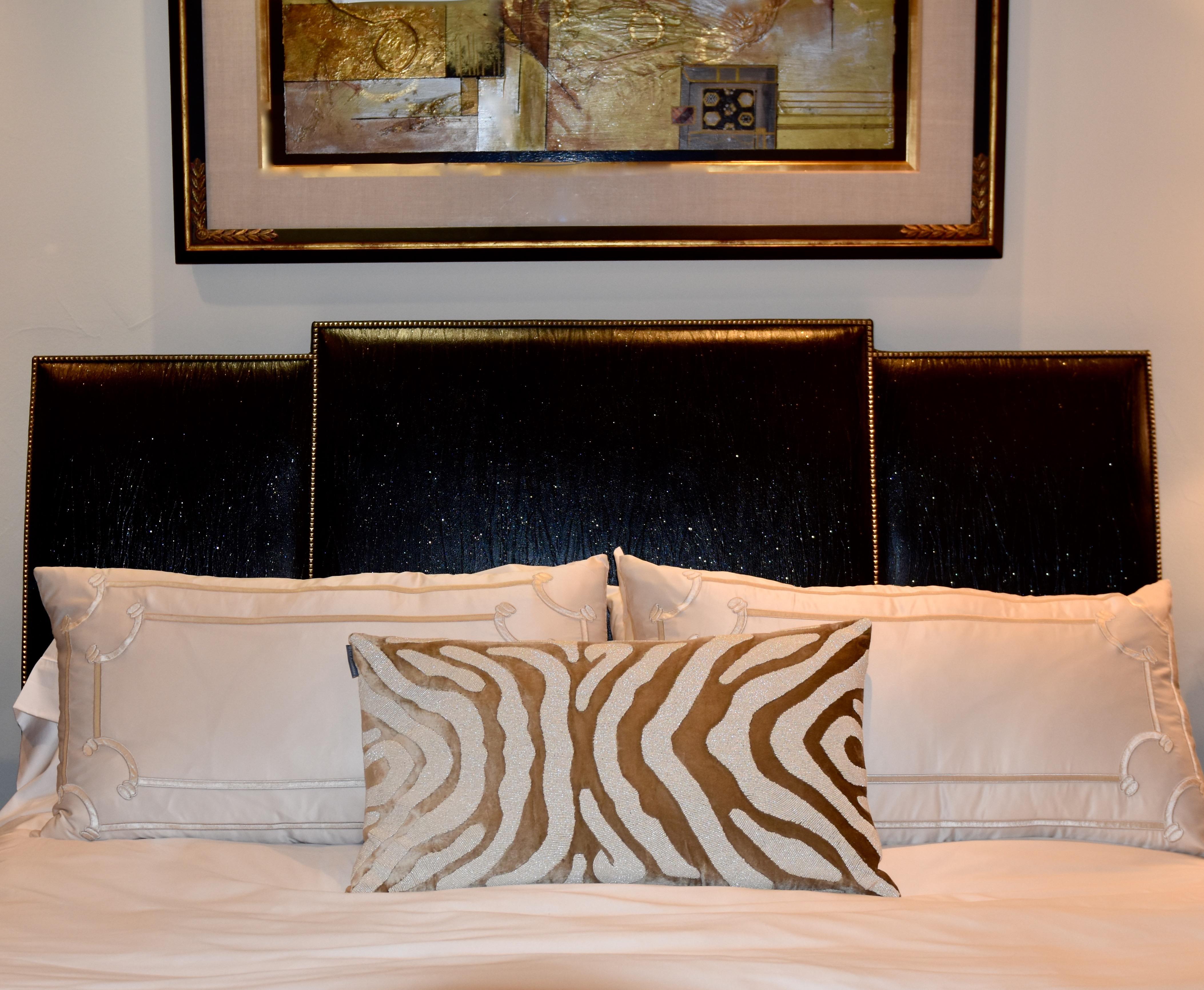 bedroom, master besroom, bed, bedding, pillows