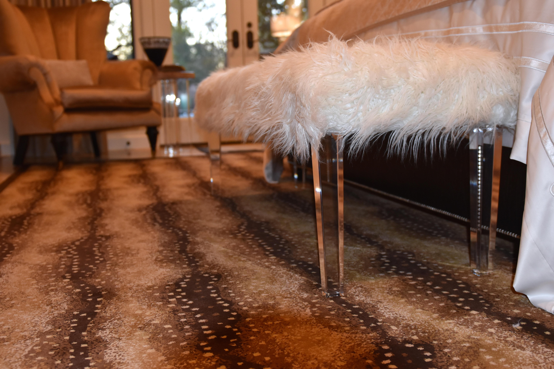 acrylic bench, faux fur benc,