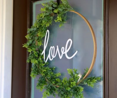 wreath, make a door wreath, holiday wreath , DIY, do it yourself, home projects, decor, decorations, home decor, party decorations
