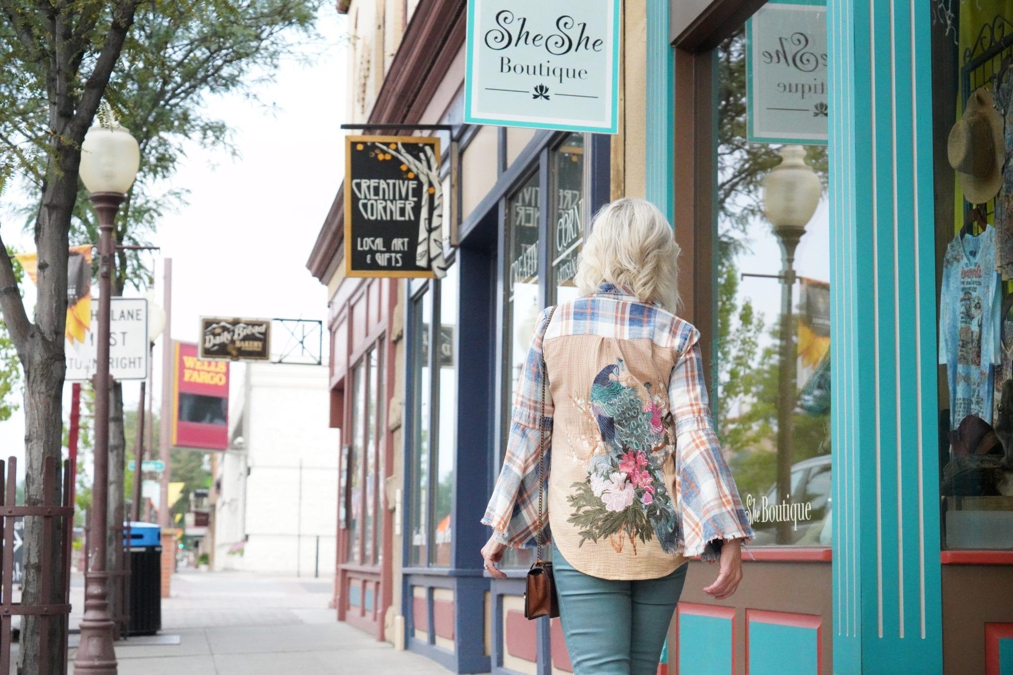 Floral shirts, plaid shirts, mixing patterns, print shirts, fall tops