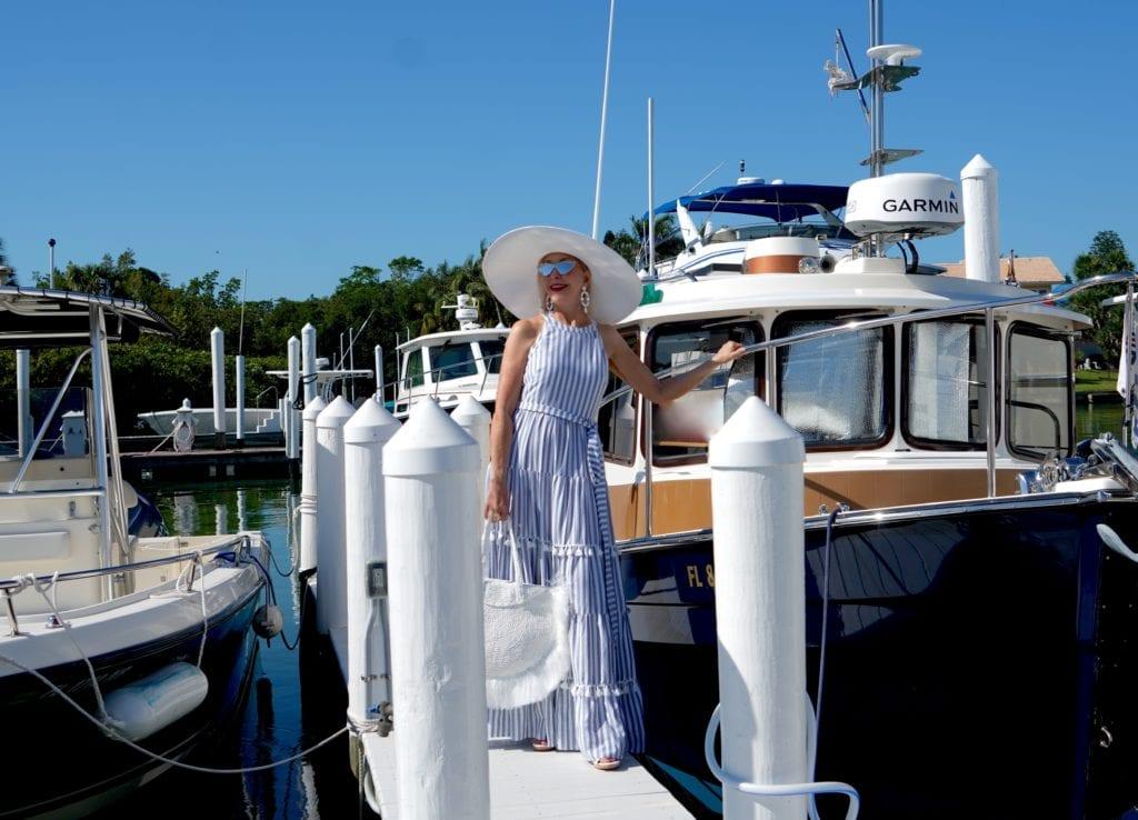 summer maxi dress, marina, boardwalk, big white hat.
