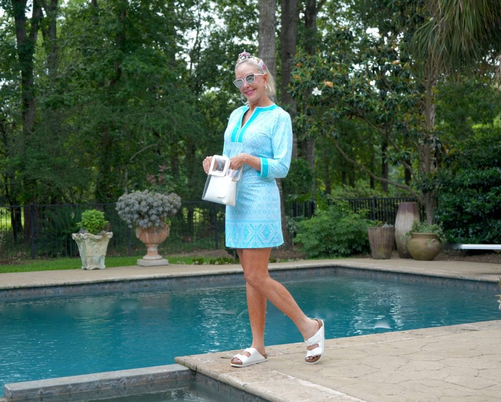 Sheree Frede of the SheShesShow wearing UPF turquoise dress.UPF turquoise dress