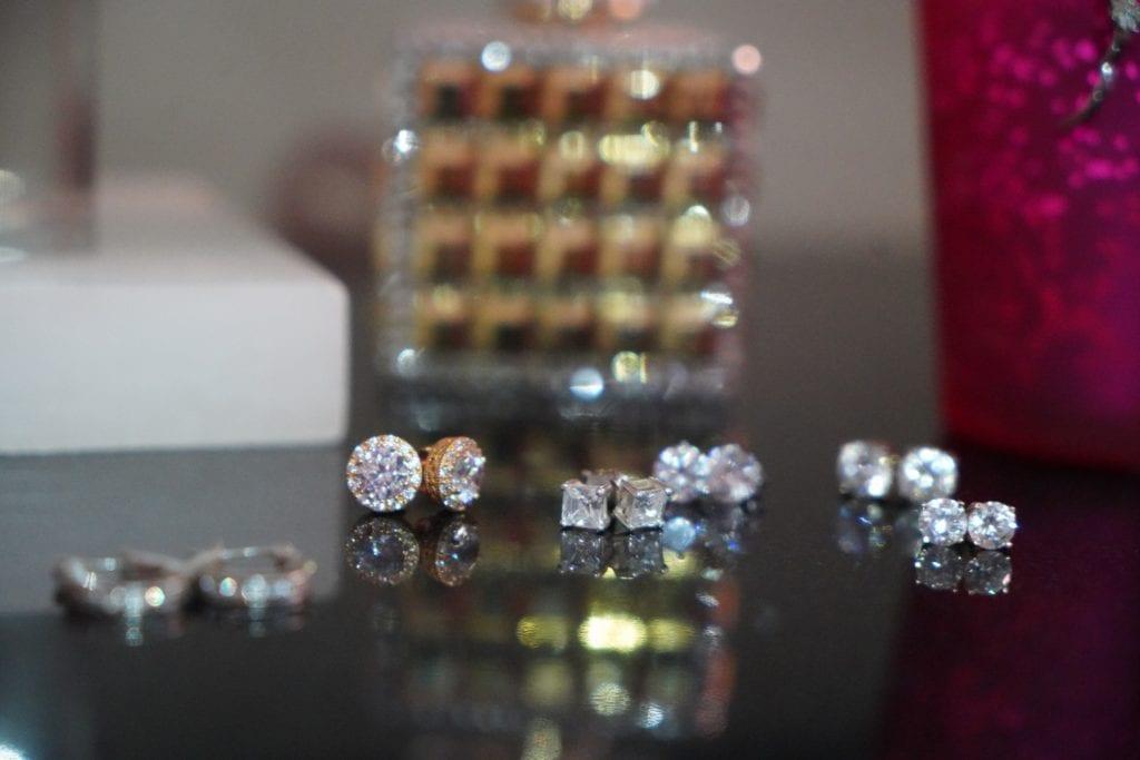 diamond studs-earrings-6 pair diamond earrings
