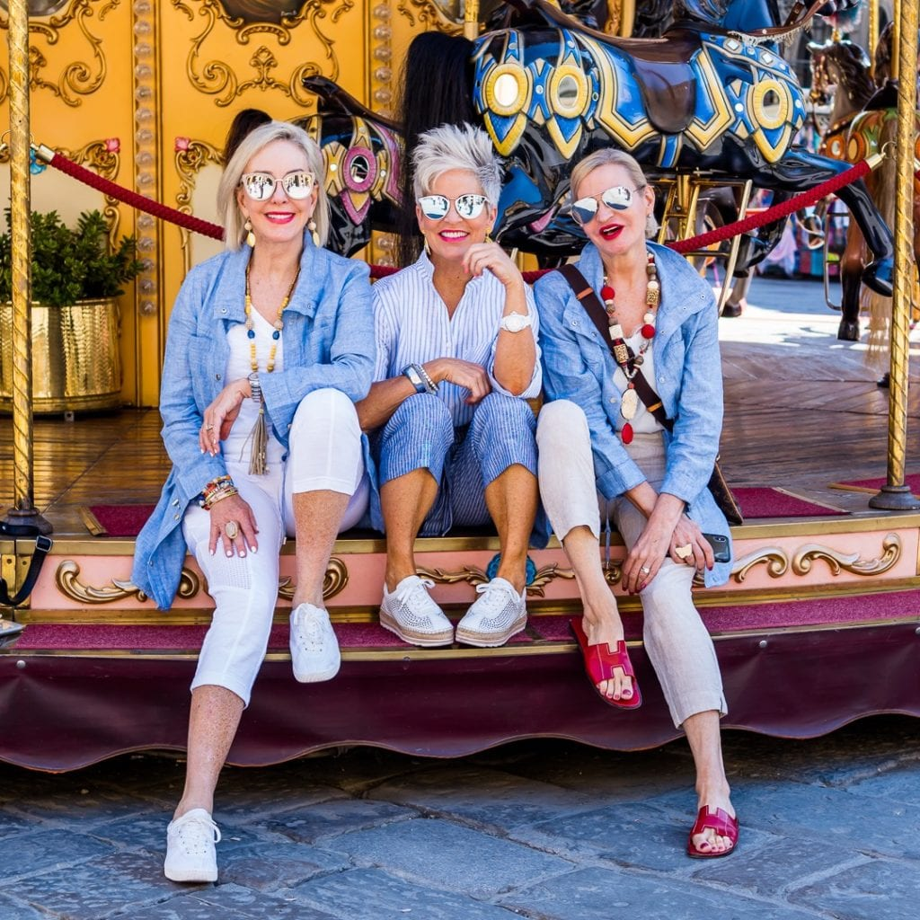 SheSheShow, Chicover50, MorethanTurquoise on carousel in Florence, Italy