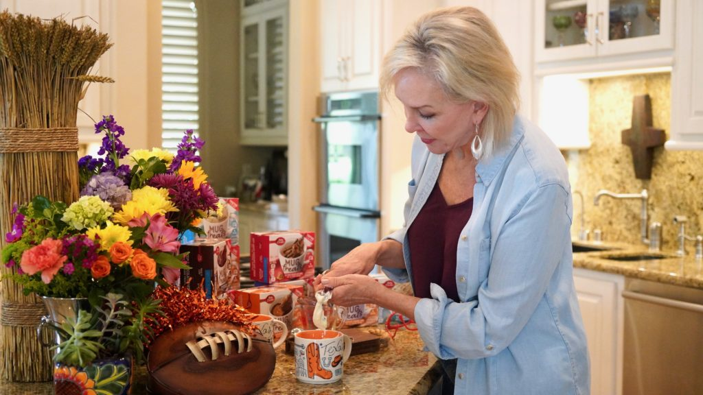 Sheree of the SheShe Show making Betty Crocker Mug Treats