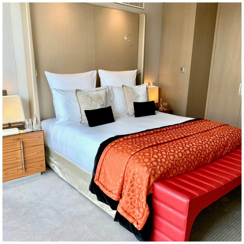 bedroom suite Mandarin hotel Paris
