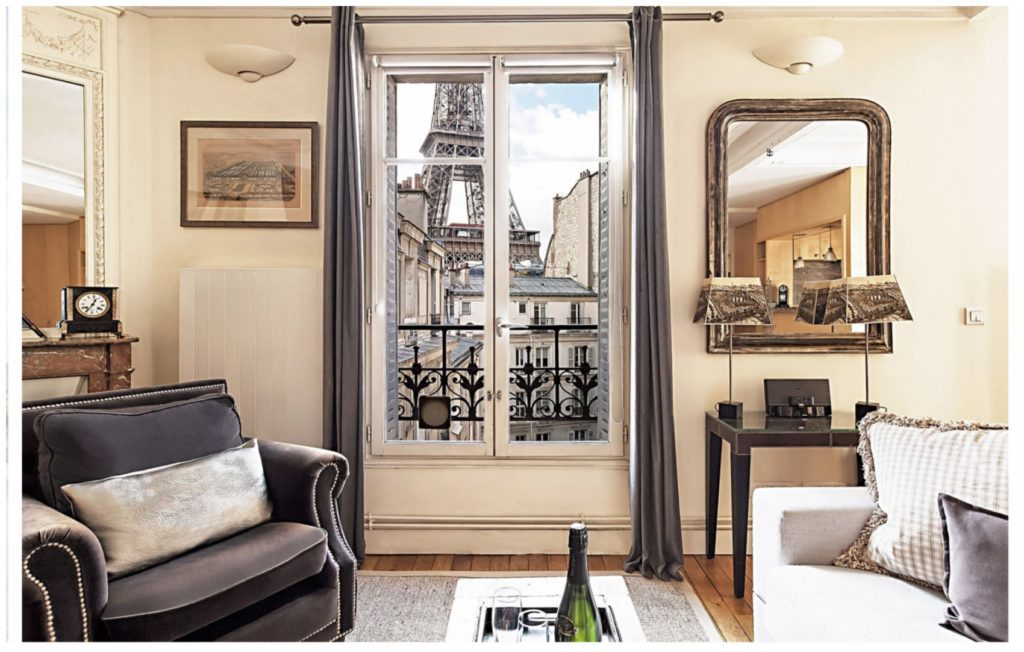 Paris Perfect apartment Eiffel Tower view out the windows