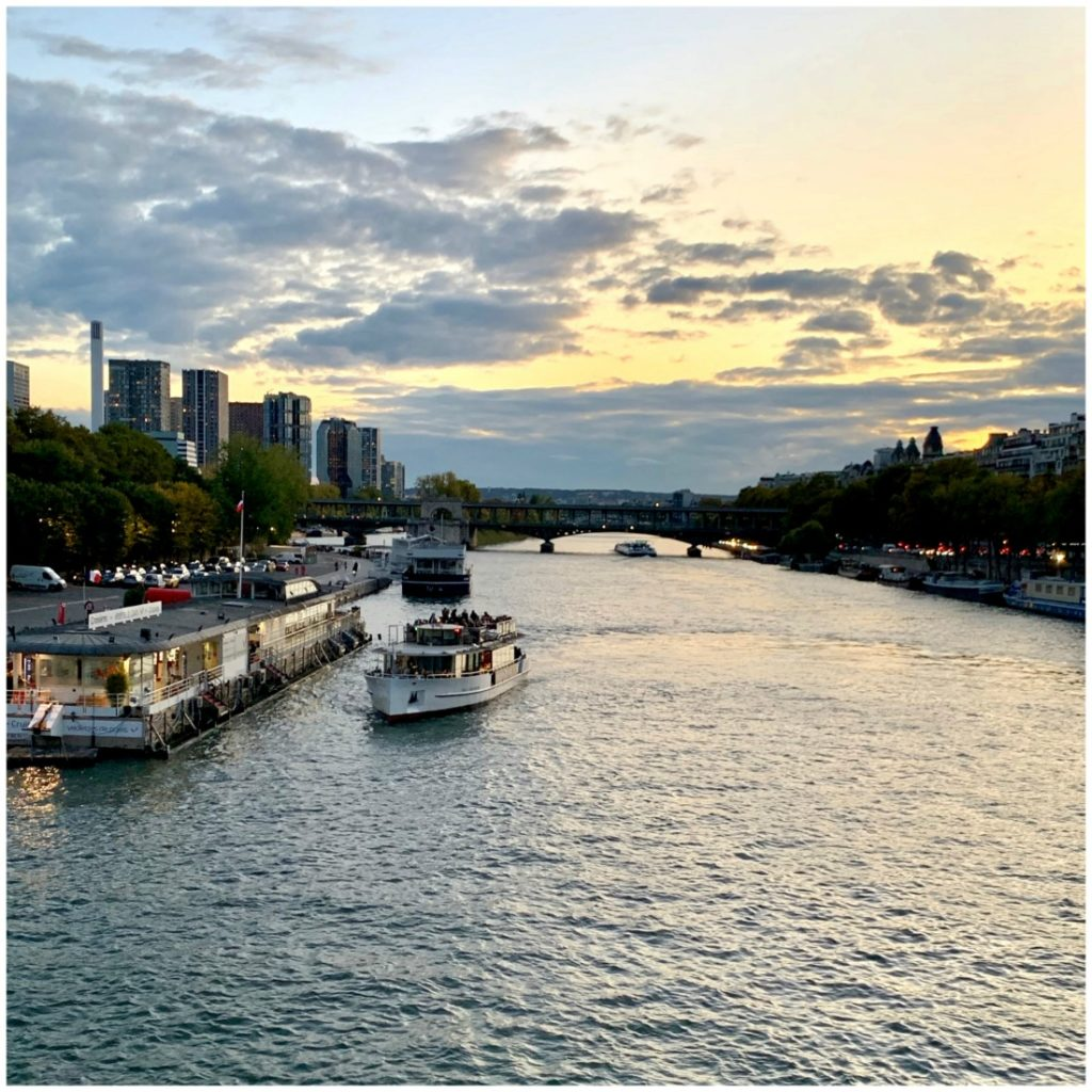 Seine River and River boat cruises at dusk