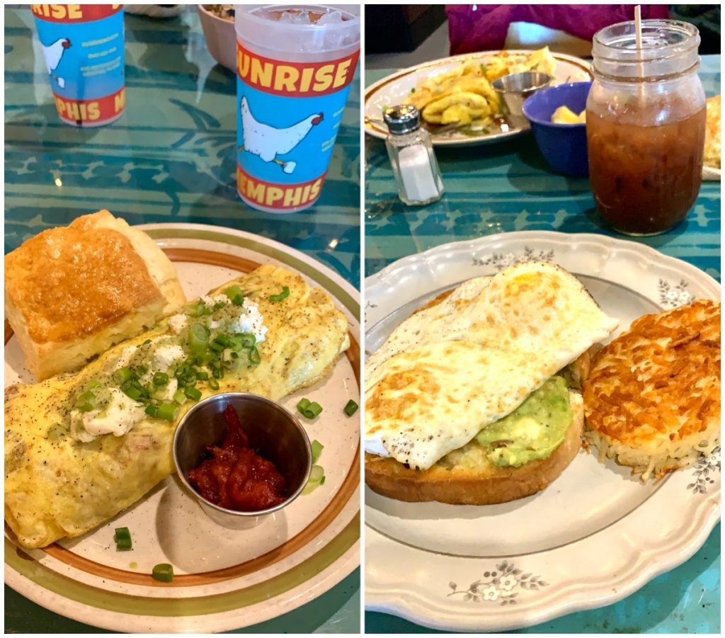 omlette and avocado toast at Sunshine Cafe