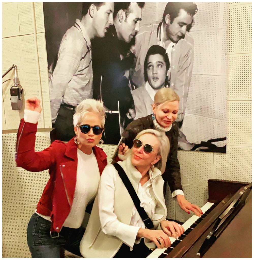 Shauna, SheShe & Jamie at the piano in Sun Studios