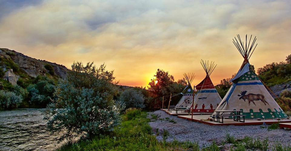 glamping, best glamping in the US, best glamping spots in the US, best glamping in Texas, best glamping in Utah, best glamping in California, best glamping in Florida, best glamping in North Carolina, glamping in Texas, glamping in Utah, glamping in California, glamping in Florida, glamping in North Carolina,